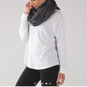 Lululemon vinyasa scarf NWT